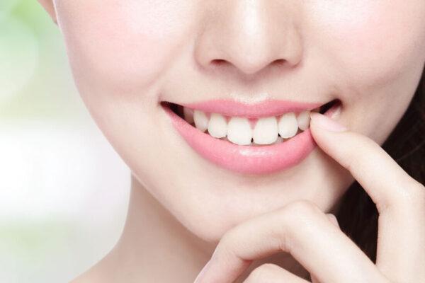 Імплантація зубів в Харкові. Яка сума потрібна для проведення?