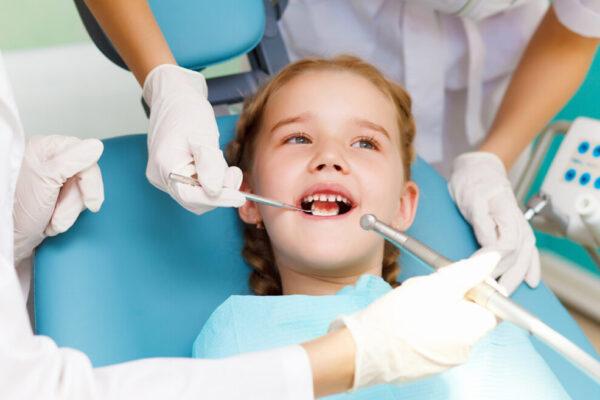 Дитячий стоматолог. 5 причин для візиту
