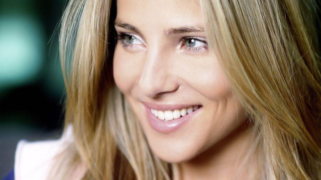 Профессиональные методы отбеливания зубов: что выбрать?