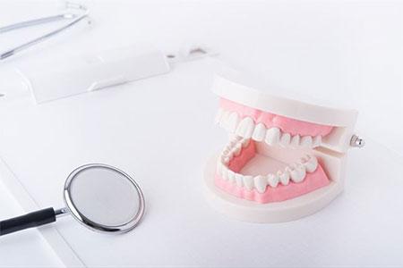 Протезирование при полной адентии. Нет ничего невозможного или почему это наиболее надежный и современный метод восстановления целостности зубного ряда