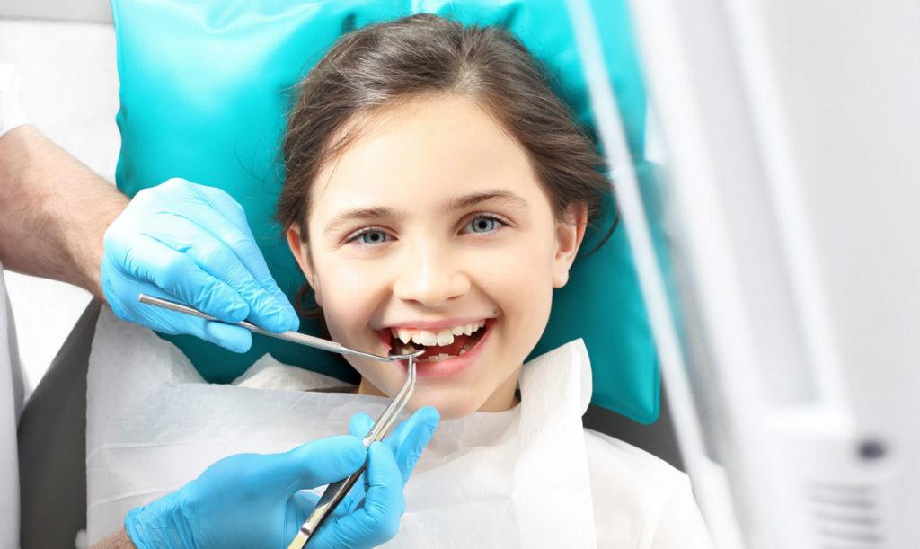 Где найти детского стоматолога? Профилактика, лечение некариозных и кариозных поражений, своевременная консультация ортодонта