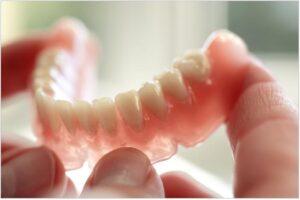 Протезирование зубов. С чего начинать?