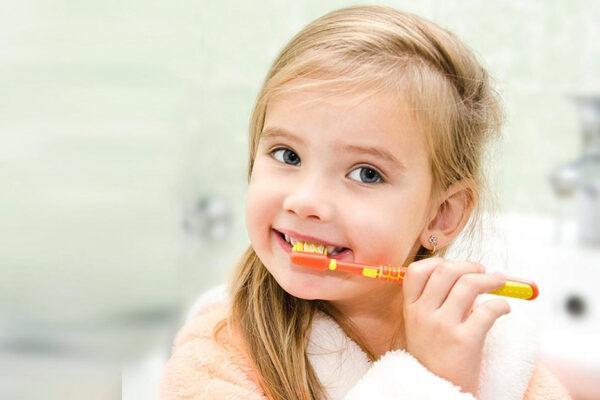 5 причин вылечить молочные зубы
