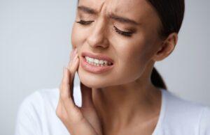 Почему может болеть здоровый с виду зуб?
