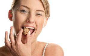 Трещины в эмали зубов