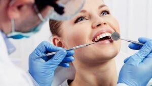 Лечение зубов и коронавирус. Лечить или подождать?